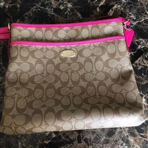 Coach purse with bonus item!